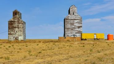 Grain elevators in Montana